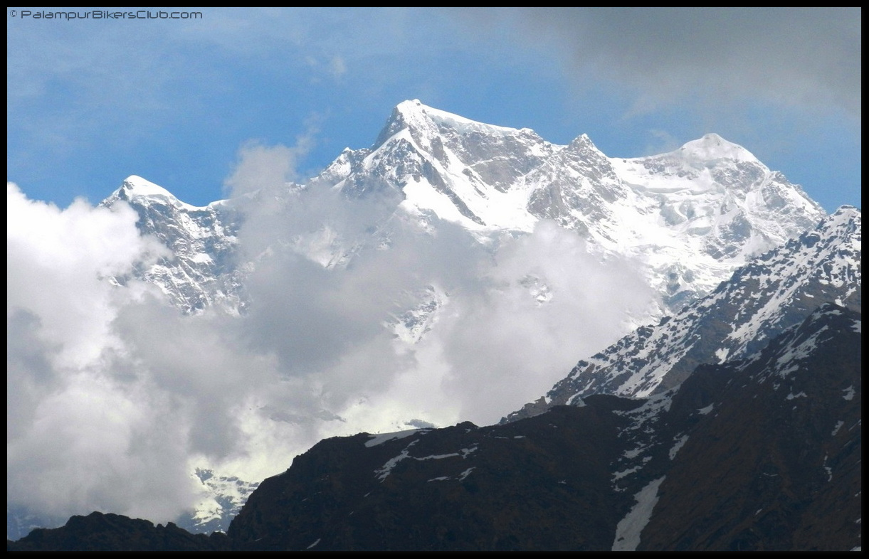 Closer look of Mighty Chaukhamba
