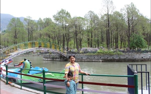 Family Trip: Delhi-McLeodGanj-Dharamshala-Palampur-Barot-Parashar Lake-Bir-Delhi